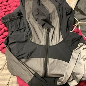 lululemon light speed jacket!